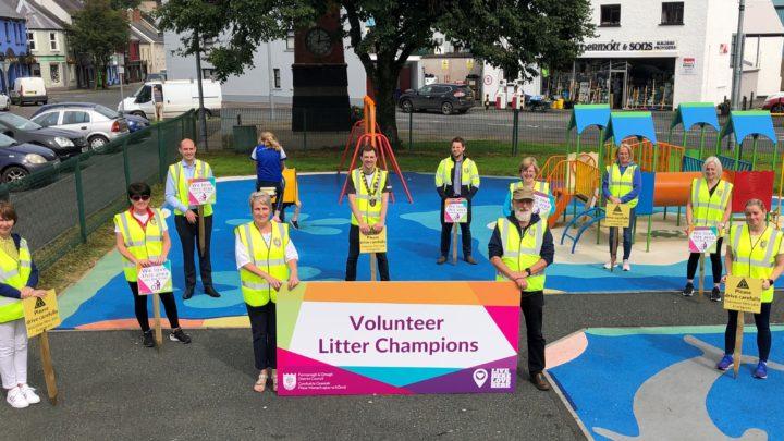 Volunteer Litter Champions